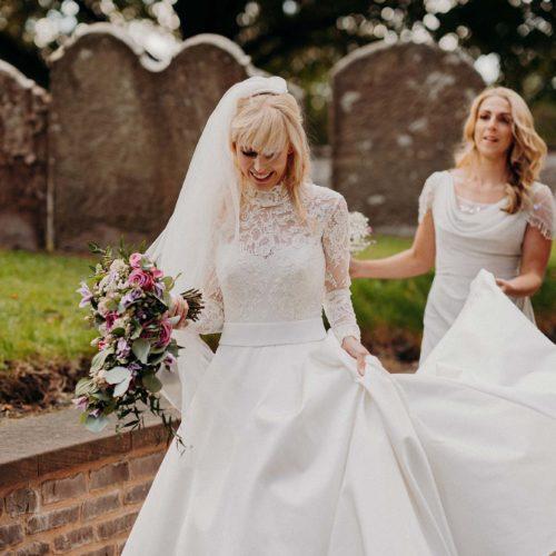 A bride arrives at church